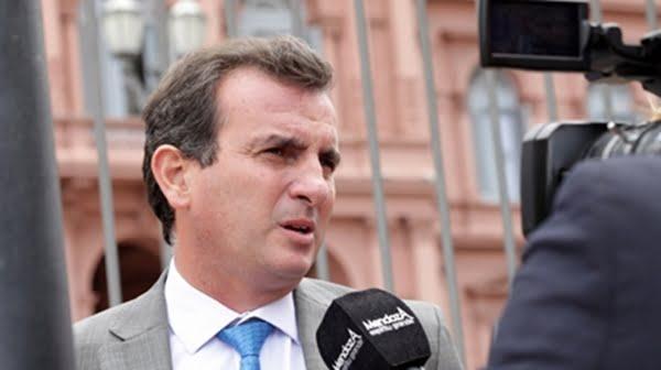 El gobernador anunció que viaja a Chile con la intención de reunirse con la Presidenta de Brasil, por la crisis de Vale: Foto: prensa.mendoza.gov.ar
