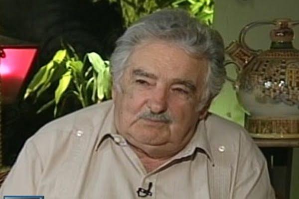 José Pepe Mujica, presidente de Uruguay, viajó a Caracas a respaldar el proceso de continuidad al frente del poder del presidente Hugo Chávez. Foto: Telesur