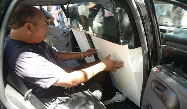 El Gobierno presentó el modelo de mampara de seguridad para taxis. Foto: Prensa Gobierno de Mendoza
