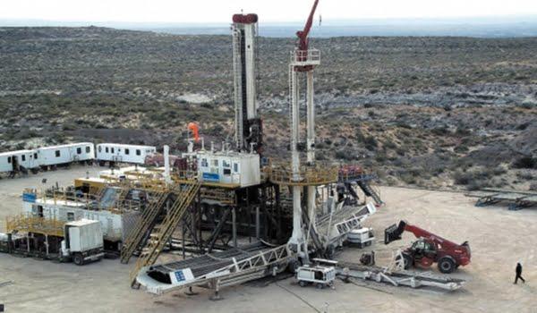 La firma azteca recalaría en la Argentina para asociarse con YPF en la explotación de hidrocarburos no convencionales en Neuquén.