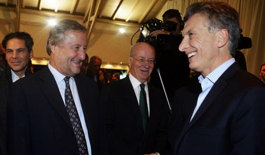 Cristiano Rattazzi, presidente de Fiat; Paolo Rocca, de Techint, y Macri el Olivos.