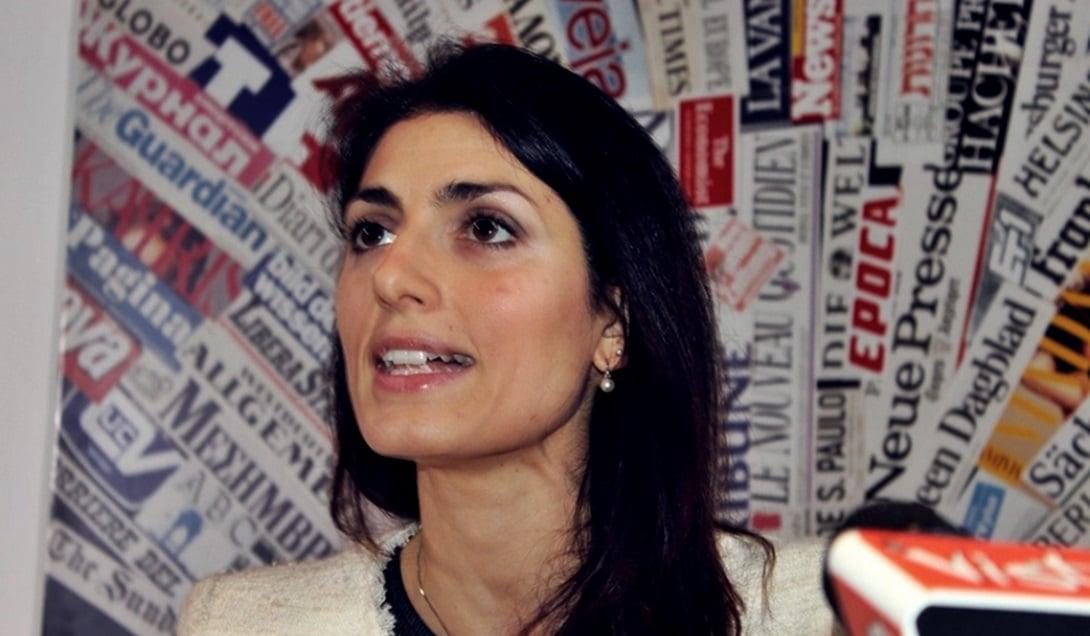 Virginia Raggi, del Movimiento Cinco Estrellas, fue electa alcaldesa de Roma.